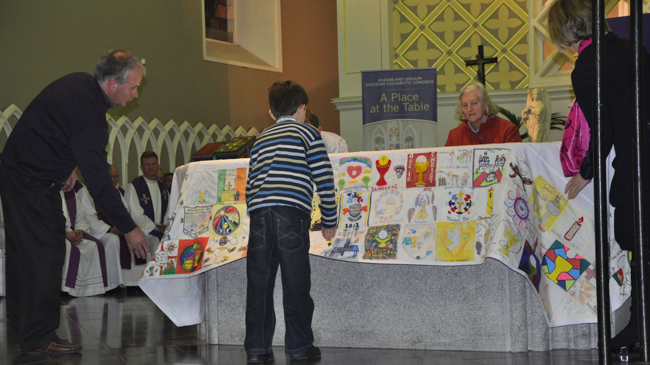K L Primary Schools Altar Cloth