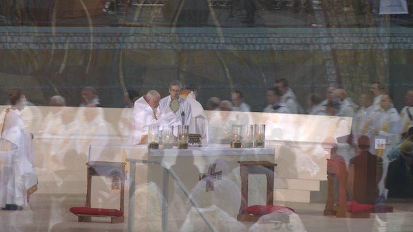 IEC-2012-Eucharistic-Procession