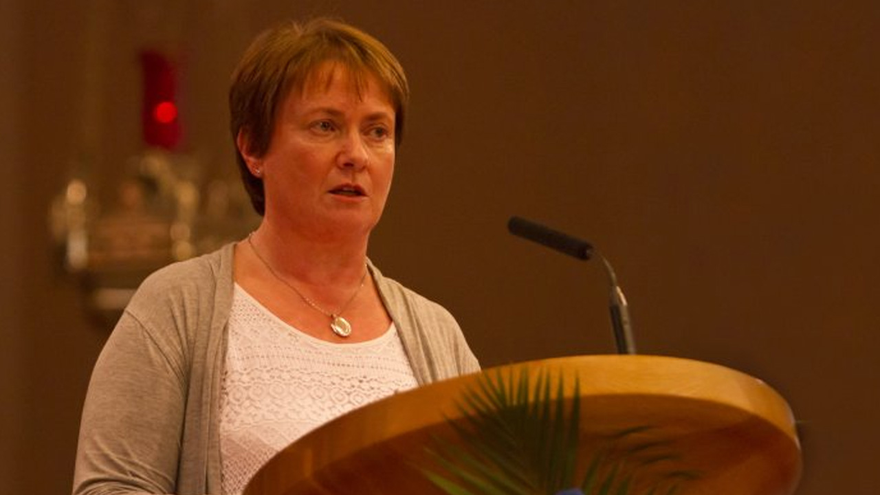 Elma Walsh – Portlaoise Parish Novena 2014
